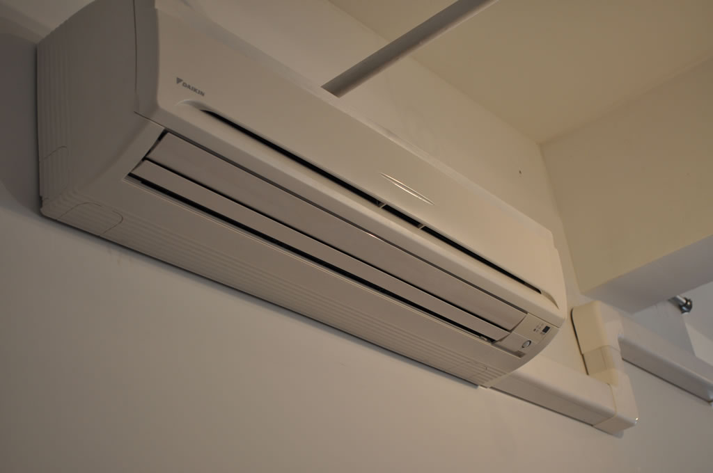 Wall Mounted Air Conditioner Deals On 1001 Blocks